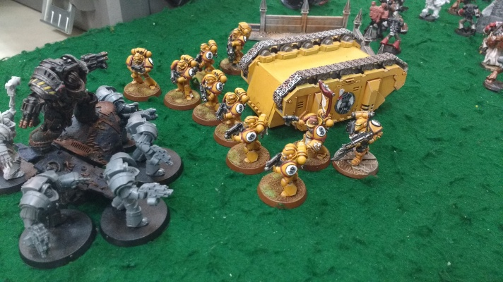 Imperial Fists tactical marines vs Perturabo