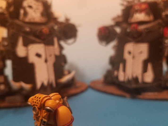 Imperial Fist Looks at Gorkanaut and Morkanaut
